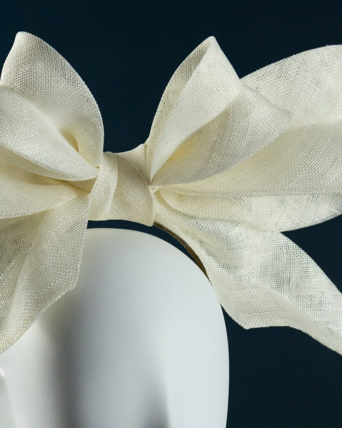 Oversized Double Bow detail