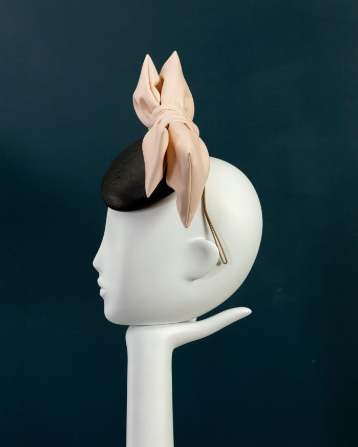 Leatherette Double Bow Beano hat