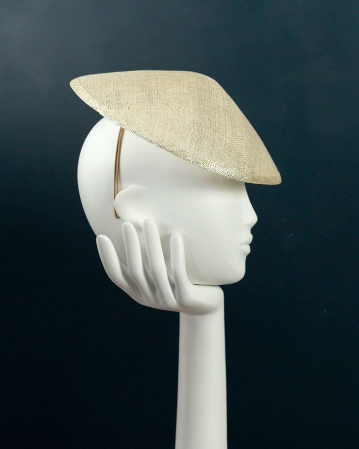 Disc hat profile